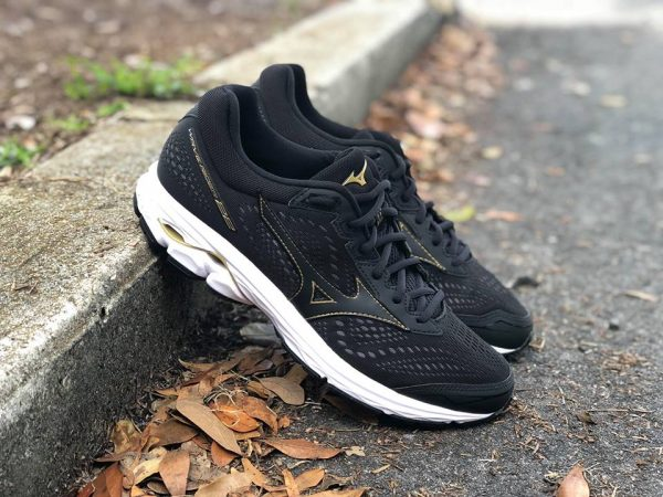 30c084a2d0ea9 Mizuno Wave Rider 22 -  120.00 A stable in the neutral running shoe  category